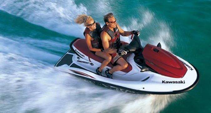 Jetski hire marbella costa del sol watersport rental - Marbella family fun ...