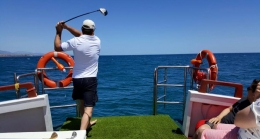 golf en mar at sea