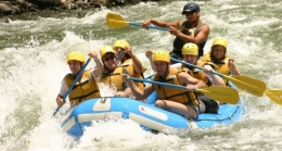 travel and holiday rafting day, activity organisation spain, granada